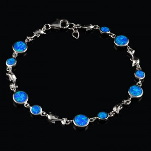 Silver bracelet circles with Opal