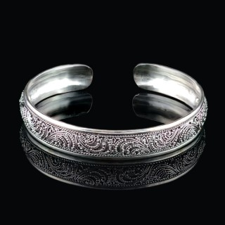 Silver bracelet with ornaments
