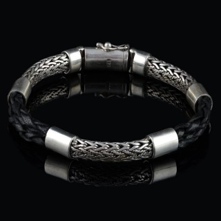 Men's silver bracelet with leather