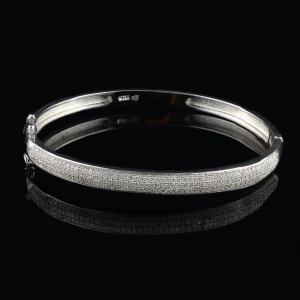 Solid silver bracelet with small zircon