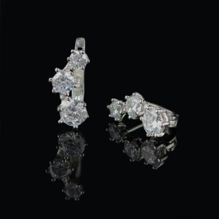 Silver earrings 3 zircons
