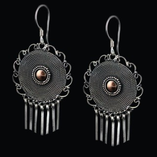 Silver earrings with lashes