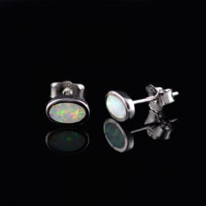 Silver earrings with opal ellipses