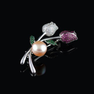 Silver brooch Rose and pearl