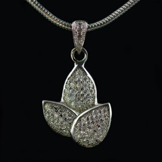 Silver pendant flower with zircons and rhodium
