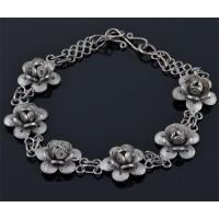 Сребърна гривна с цветя